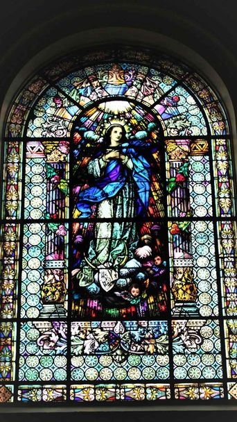 ecclesiastical stained glass services